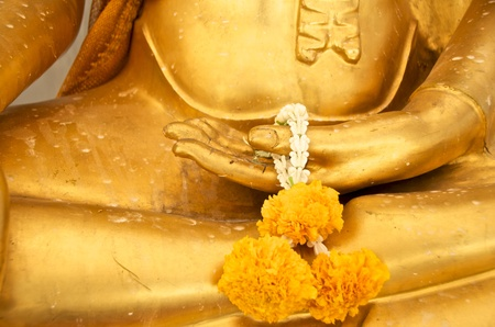 garland in gold buddha hand