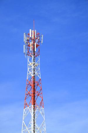 Telecommunications tower