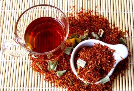Safflower herbal tea for reducing blood pressure.