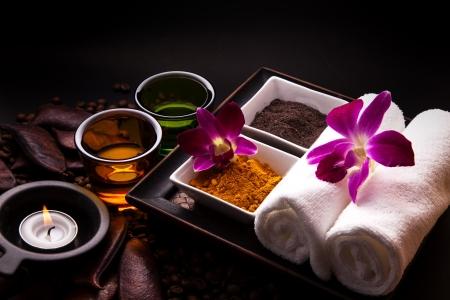 curcuma: Coffee and Turmeric Scrub for beauty treatment in spa. Stock Photo