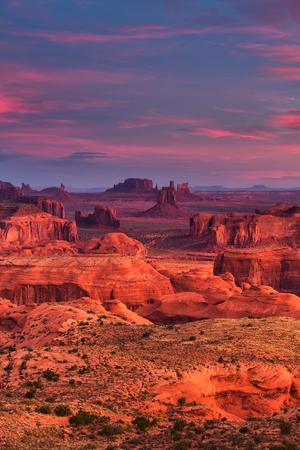 Sunrise in Hunts Mesa navajo tribal majesty place near Monument Valley, Arizona, USA 스톡 콘텐츠