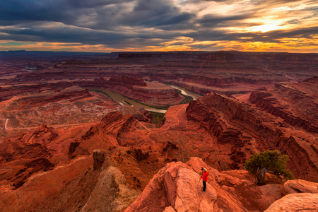 Colorful sunrset at Dead Horse Point State Park, Colorado river,Canyonlands National Park, Utah, USA Stock fotó