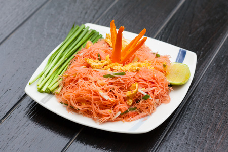 Thai food, Stir-fried noodle with Coconut milk. Standard-Bild