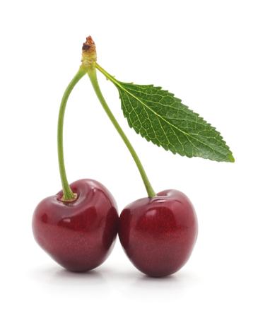 Ripe fresh cherries isolated on a white background. Standard-Bild - 115309156