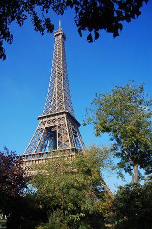 d'eiffel: Tour dEiffel in the blue sky