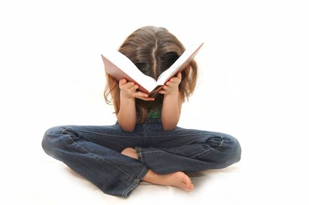 memorize: The young girl the teenager reads books
