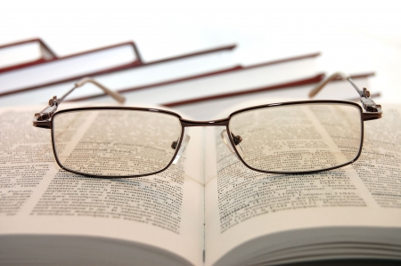Eyeglasses on books Stock Photo - 4866092
