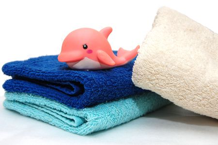 The combined colour towels with a toy photo