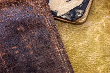 tooled leather: Vecchia pelle come sfondo