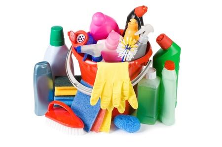 servicio domestico: Variedad de medios para la limpieza aislado Foto de archivo
