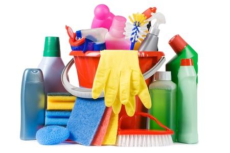 maid: Variedad de medios para la limpieza aislado Foto de archivo