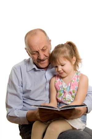 grandfather: Abuelo con la nieta aislada sobre fondo blanco
