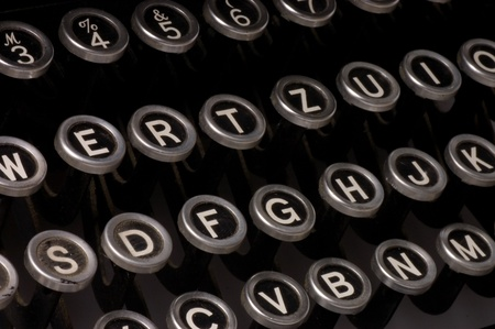 type writer: Old typewriter, deadline text