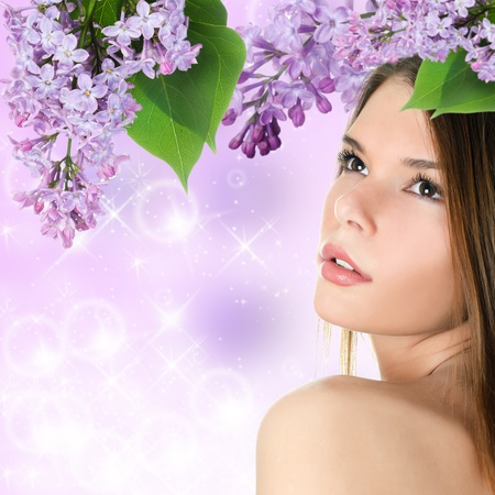 hair spa: La bella mujer con colores de primavera. Cuidado de la Piel