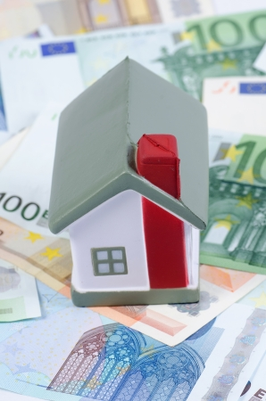 toy house for euro banknotes as background Stock Photo - 14475784
