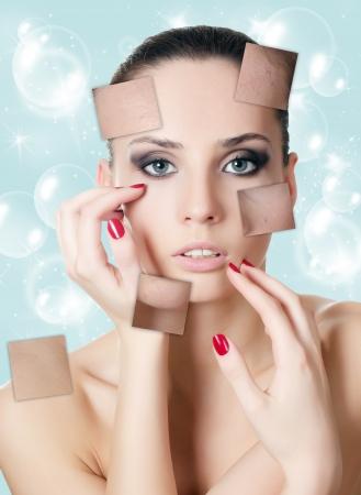 Das schöne Mädchen mit Problemen auf dem Gesicht Standard-Bild