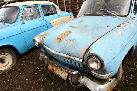 The old rusty car close up Standard-Bild