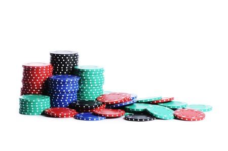 fichas casino: Las fichas de casino aislados en fondo blanco