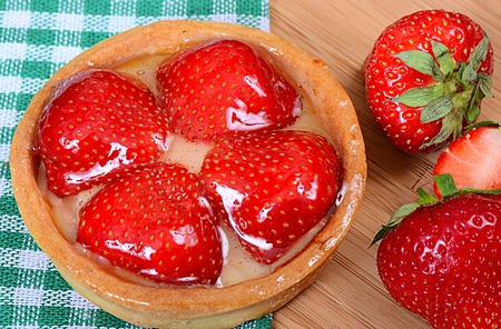 shortcake: Cake from a shortcake dough with strawberry Stock Photo