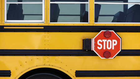 Details of a School bus with a attached Stop sign. Imagens - 58341105