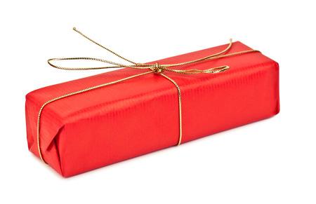 cadeau anniversaire: cadeau d'anniversaire rouge sur fond blanc Banque d'images