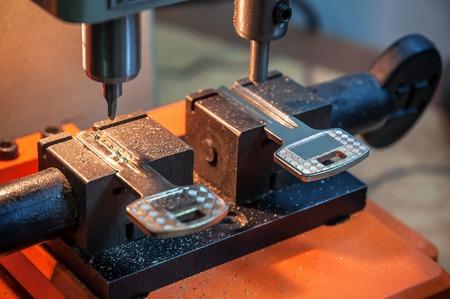 locksmith duplicate machine make new key Stock Photo