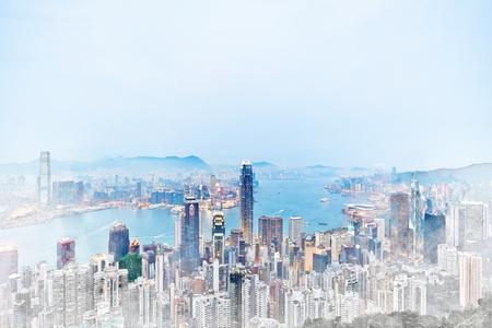 Asia Business-Konzept für Immobilien - Panorama-moderne Stadtbild Gebäude Vogelperspektive Luftaufnahme unter Sonnenaufgang und blauen Morgen hellen Himmel in Hong Kong (HK), China. Mix Hand gezeichnete Skizze Illustration Standard-Bild