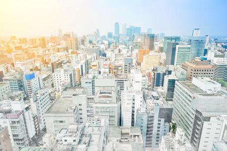 アジア ビジネス コンセプト - パノラマの近代的な都市景観建築鳥目の日の出の空撮とモーニング ブルー ミックス手描きのスケッチ図で名古屋市名