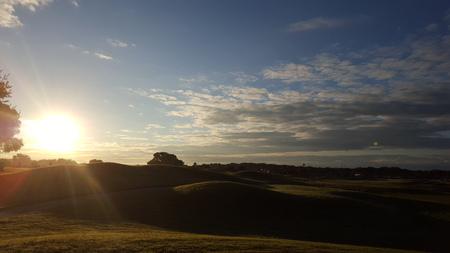 Sunrise over Golf course 版權商用圖片