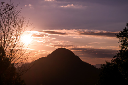 fres: Image of sun set sly over the mountain