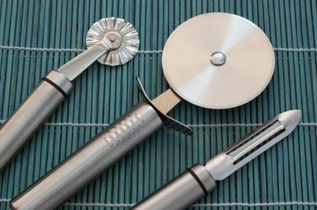 kitchen tools: Het verzamelen van keukengerei van roestvrij staal. Stockfoto