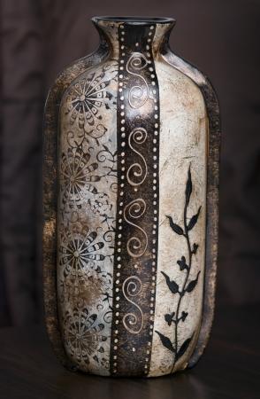 orientalische muster: Hohe Vase mit orientalischen Muster. Lizenzfreie Bilder