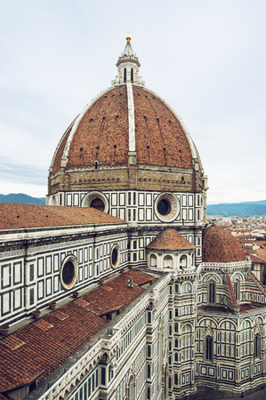 cattedrale: Cattedrale di Santa Maria del Fiore (english, Cathedral of Saint Mary of the Flower) is the main church of Florence, Italy.