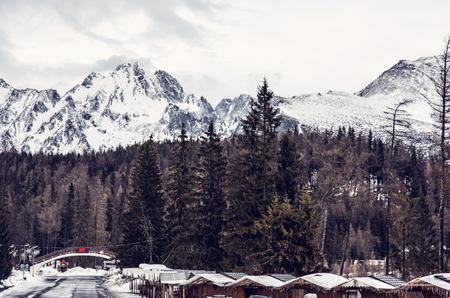 Strbske pleso area, center of winter sports, High Tatras, Slovak republic. Travel destination. Retro photo filter. Banque d'images