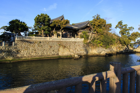 canal house: Japanese House on a Canal at Morito Beach Hayama Japan