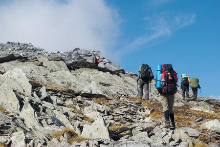 ロシアのウラル山脈でのハイキング