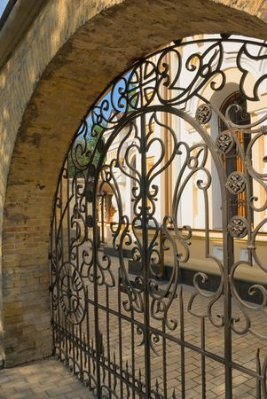 mediterranean houses: Stone wall and iron gate