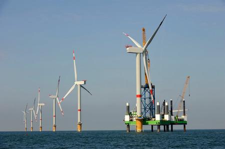 洋上風力ファーム 写真素材