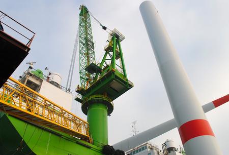 renewable energy resources: Wind farm offshore energy construction