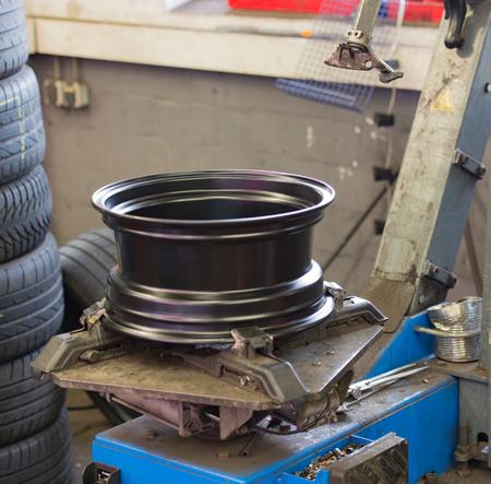 steel: steel rim