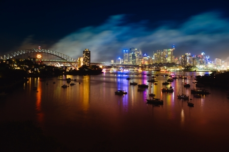 sydney harbour bridge: View at Sydney Harbour at night