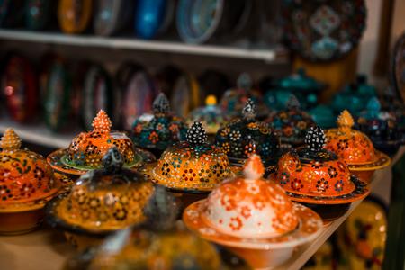 Traditional Greek ceramics Standard-Bild - 106362237