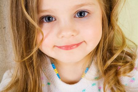 baby hairstyle: portrait of blond small girl