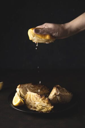 Homemade Baked Young Cabbage - Dietary Vegan Dish Banque d'images