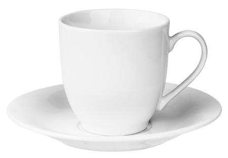 空の陶磁器のコーヒー カップとソーサー、白で隔離
