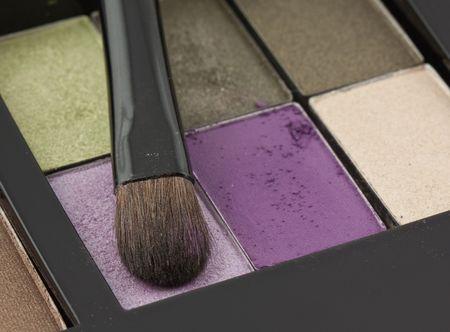 Powder and brush isolated on white background Stock Photo - 5916196