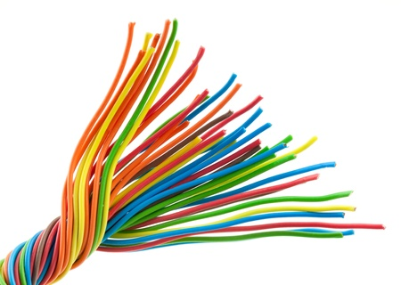 cable telefono: Manojo de cables de diferentes colores aislados en blanco Foto de archivo