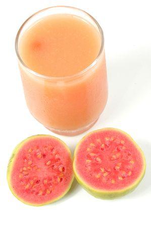 guayaba: Jugo de frutas Guayaba m�s de fondo blanco