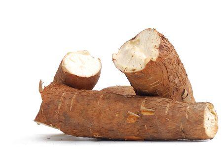 Cassava - Wurzel der kantige Schale, von brauner Farbe. mit ihr ist es aus Mehl und anderen Lebensmitteln.