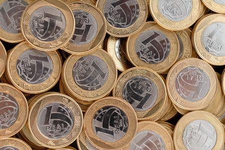 plundering: Braziliaanse valuta - een reële munten.